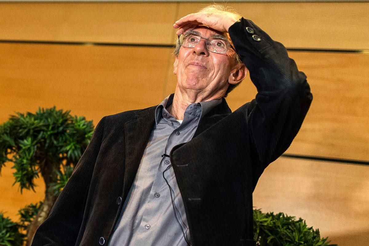 Жан-Пьер Соваж (72 года) Нобелевская премия по химии 2016. Пока вроде худенькие идут. Что будет дальше?
